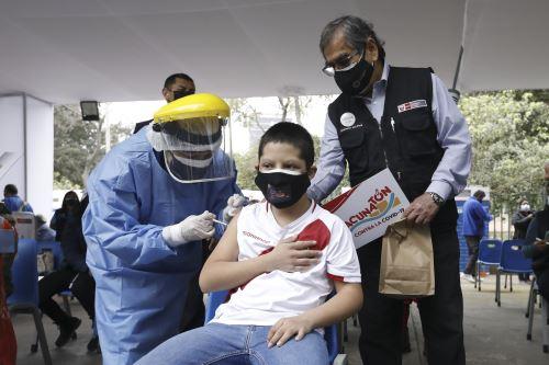 Inició vacunación a adolescentes de 12 a 17 años con comorbilidades en Lima y Callao
