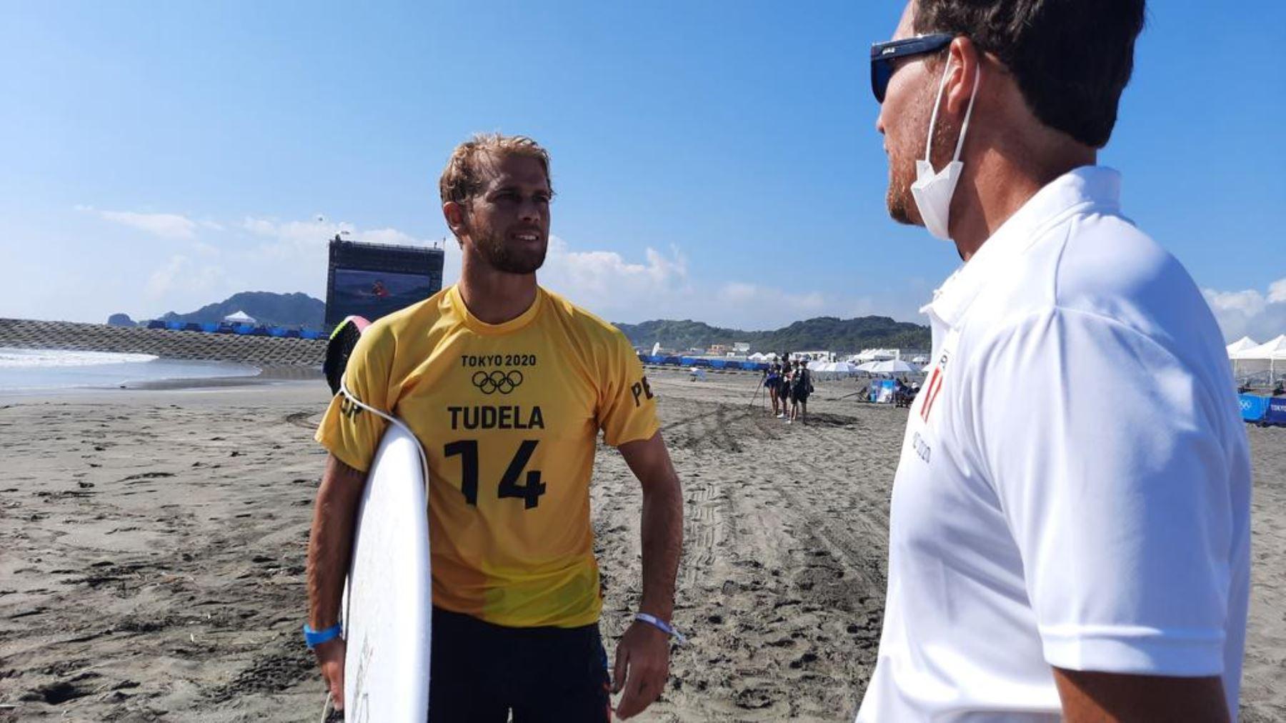 Miguel Tudela tuvo buen accionar en el debut del surf