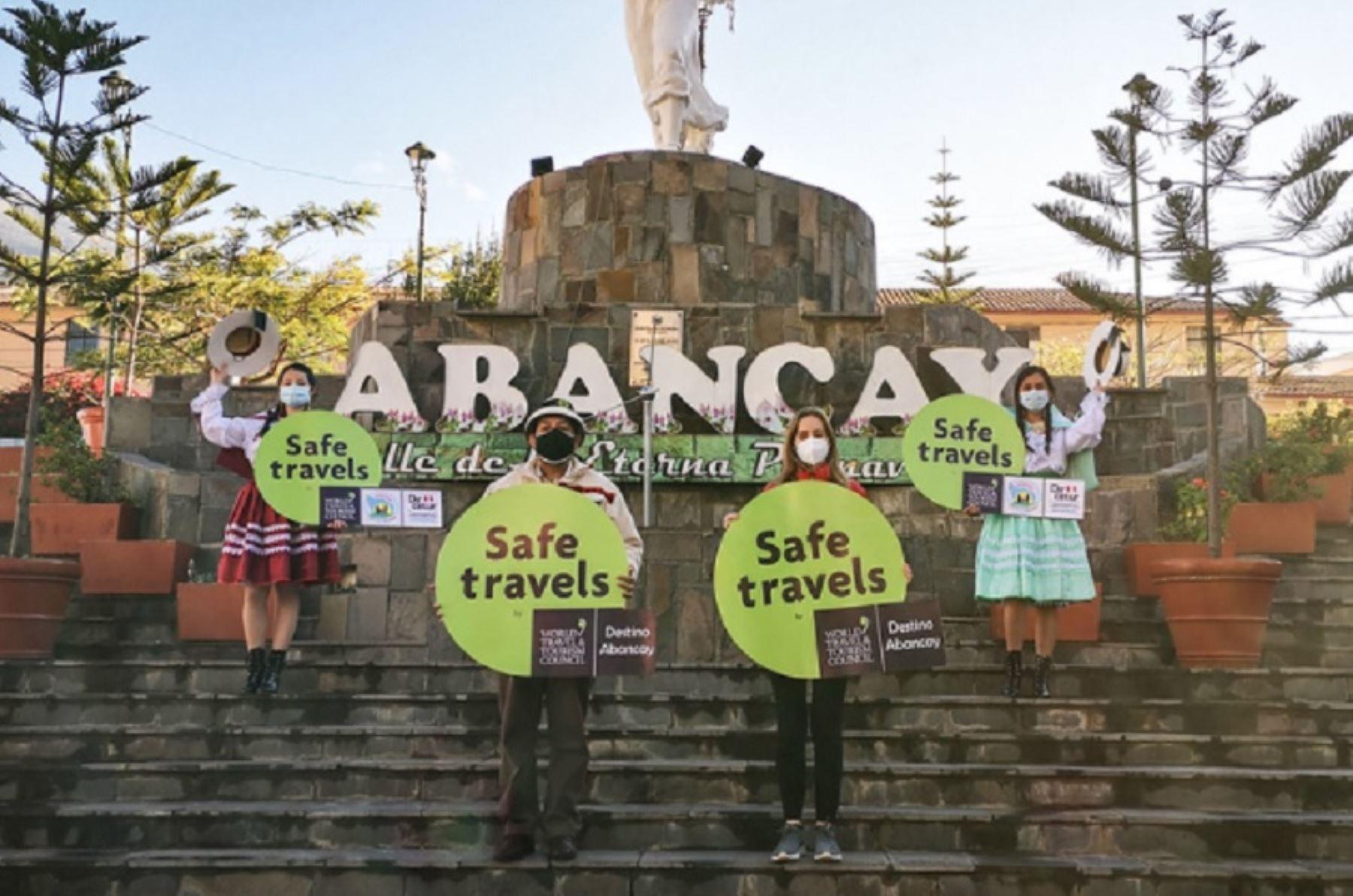 El Ministerio de Comercio Exterior y Turismo (Mincetur) entregó el sello internacional Safe Travels al destino Apurímac, con lo cual se garantizan las medidas de bioseguridad para los turistas que deseen visitar esta importante zona del centro del país.
