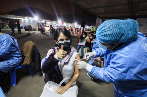 Tercer Vacunatón aplicó más de 305,000 dosis en Lima y Callao