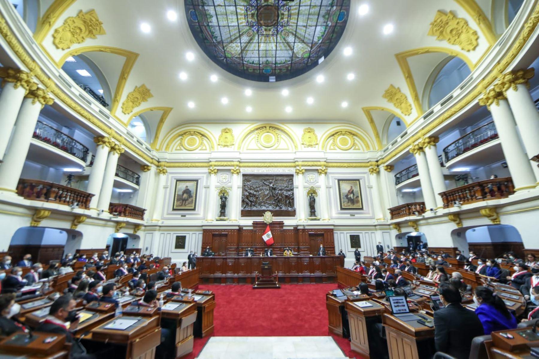Los integrantes de la Mesa Directiva de la Junta Preparatoria acordó, por mayoría, no admitir la participación de la lista 3 en el proceso de elección de la Mesa Directiva para el periodo anual de sesiones 2021 - 2022.