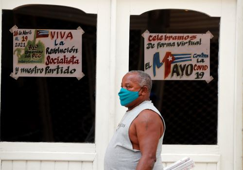 Cuba supera los 8 mil contagios de covid por segundo día consecutivo.