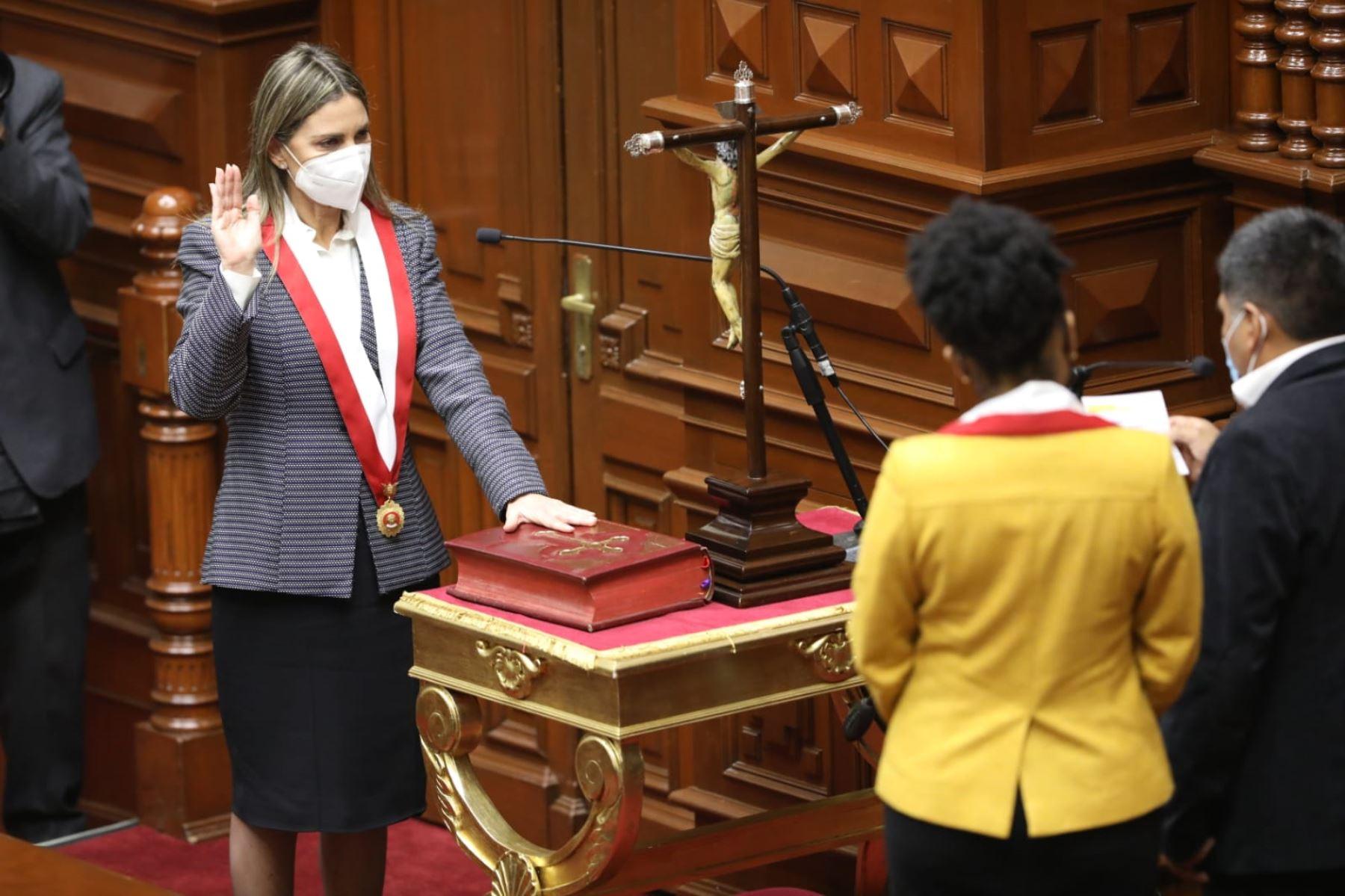 La congresista María del Carmen Alva Prieto, de la bancada Acción Popular (AP), presidirá el Congreso de la República. Foto: Congreso