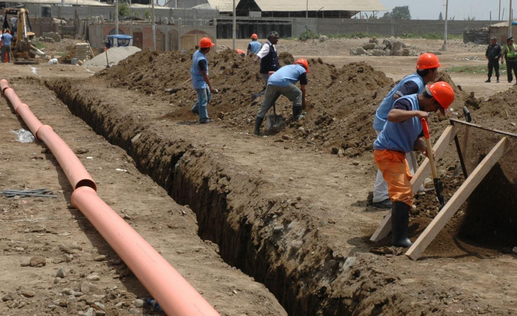 Vivienda transfiere cerca de S/ 5 millones para asegurar pago de obras de saneamiento