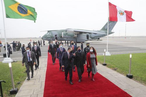 Vicepresidente de Brasil y su comitiva arribaron al Grupo Aéreo Nº 8 para participar en la toma de posesión de Pedro Castillo