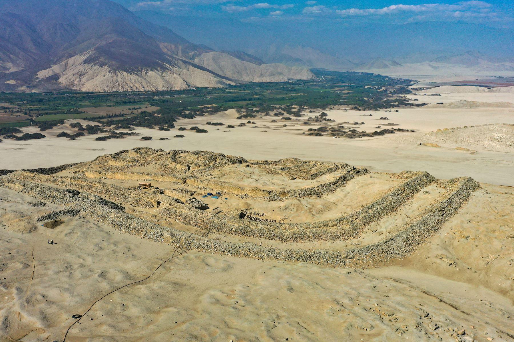 La decisión de la Unesco de incluir a Chankillo en su Lista de Patrimonio Mundial potenciará el turismo en la provincia de Casma, en Áncash. AFP