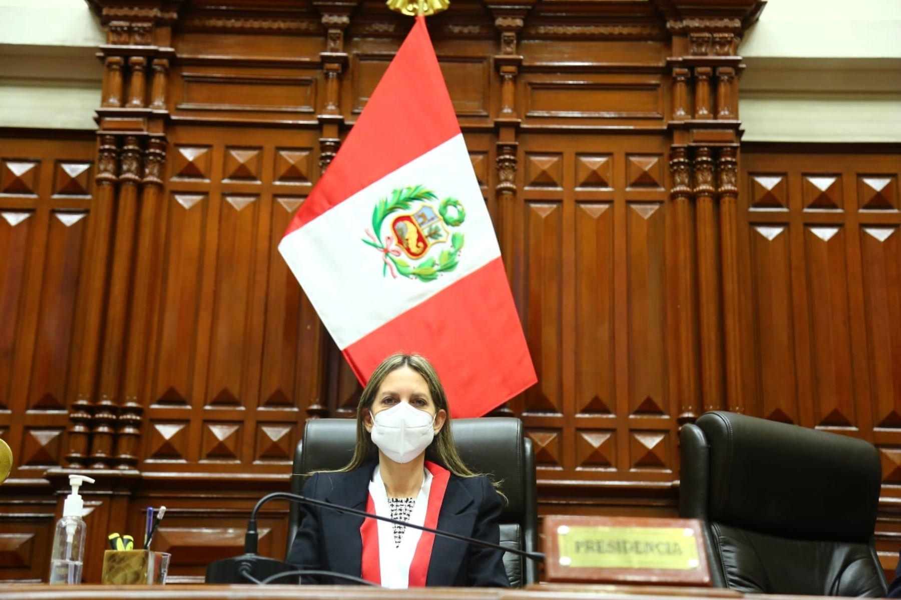 La presidenta del Congreso anunció sanciones por publicaciones sesgadas. ANDINA/Difusión