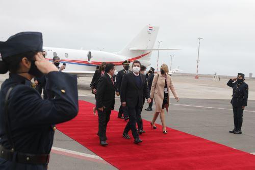 El vicepresidente de Paraguay, Hugo Velásquez, llega al Perú para toma de mando del presidente electo Pedro Castillo