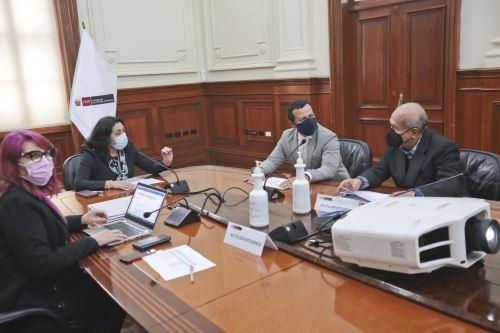 La presidenta del Consejo de Ministros participa en la sesión de instalación de la comisión de transferencia