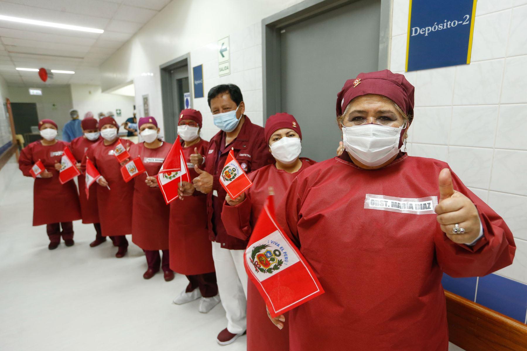 El primer bebé del Bicentenario llegó al mundo con la canción 'Contigo Perú'. Foto: ANDINA/MINSA