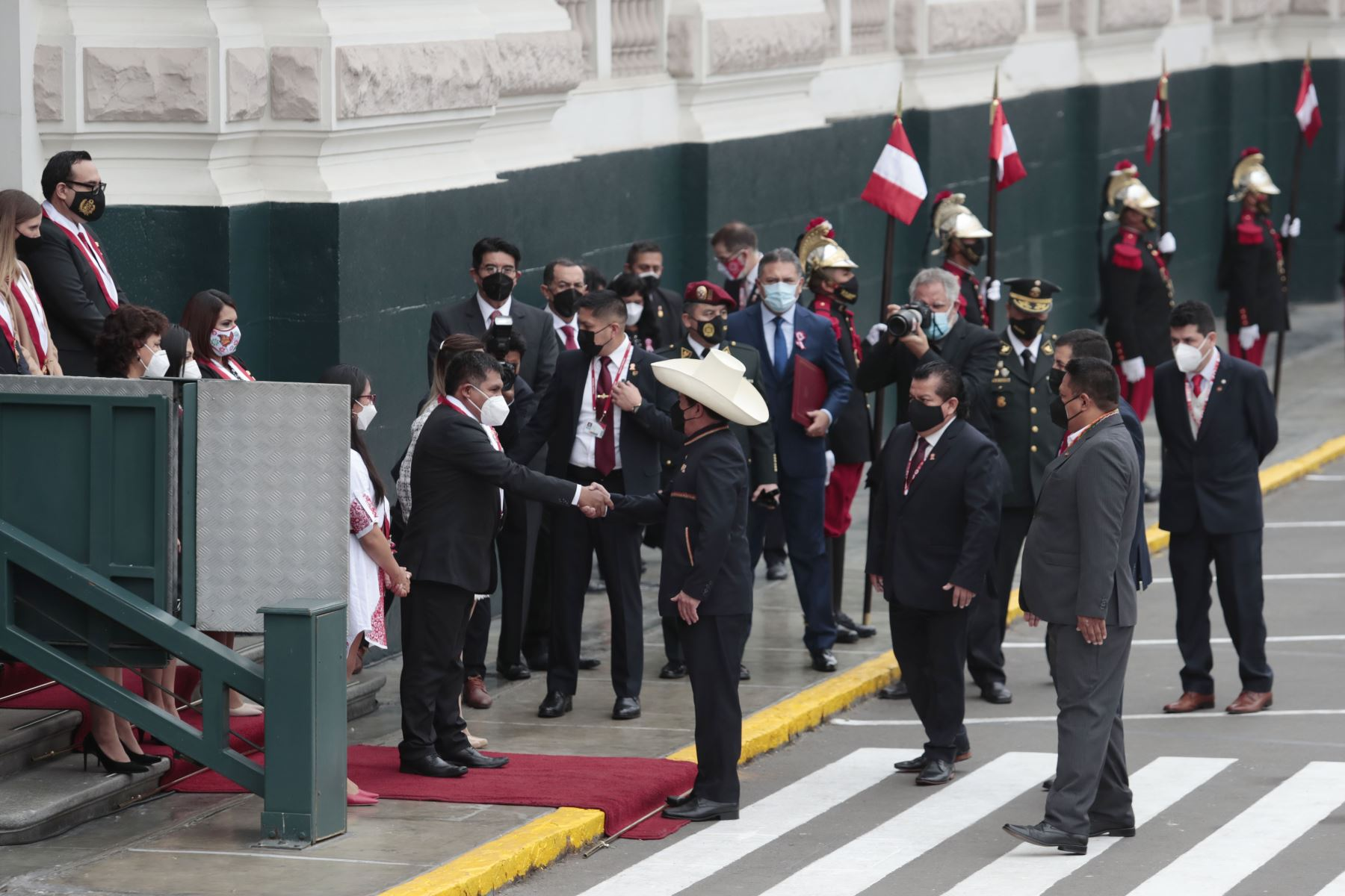 Presidente Pedro Castillo, llega al Congreso de la República. Foto: ANDINA/Renato Pajuelo