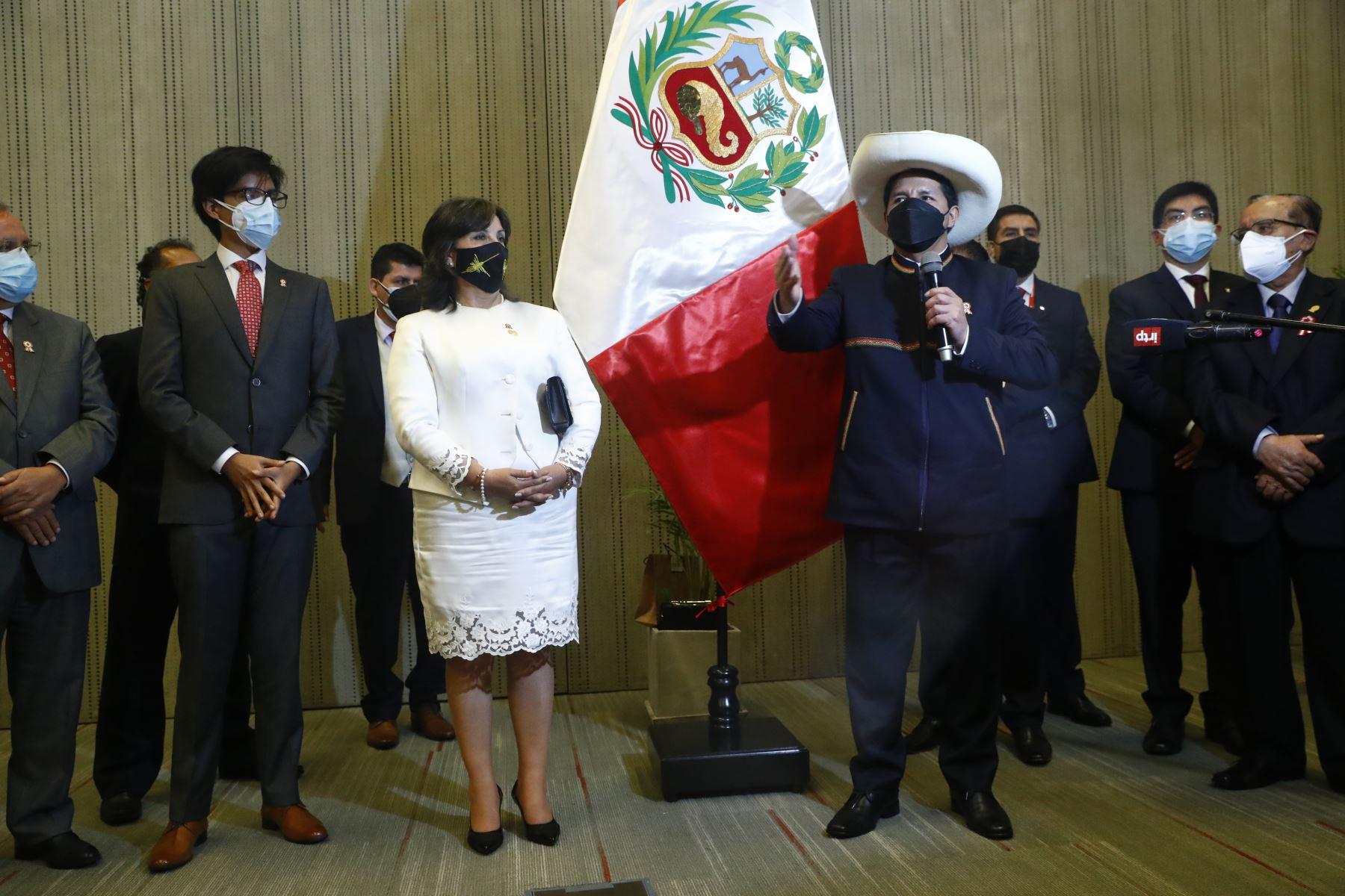 Saludo protocolar de altas autoridades de la Nación al señor presidente de la República, Pedro Castillo Terrones. Foto: ANDINA/ Prensa Presidencia