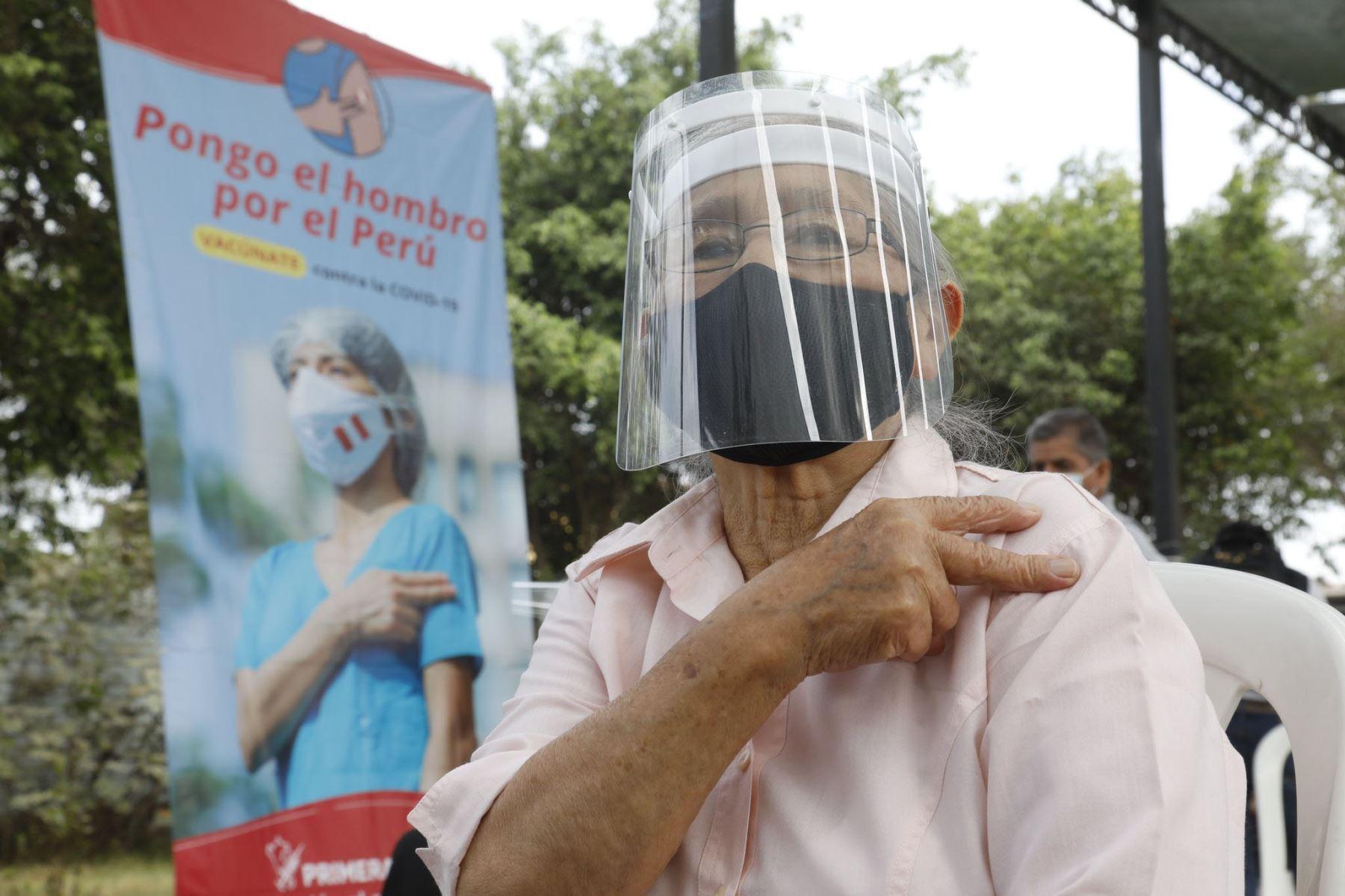 En el Perú,4 millones 787,709 personas ya se aplicaron la segunda dosis de la vacuna contra la covid-19. .ANDINA/ Minsa