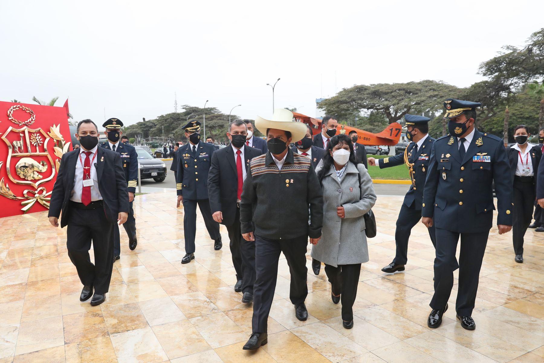 El Presidente de la República, Pedro Castillo, viaja a   la Pampa de la Quinua, en la región Ayacucho. Foto:ANDINA/Carla Patiño Ramírez