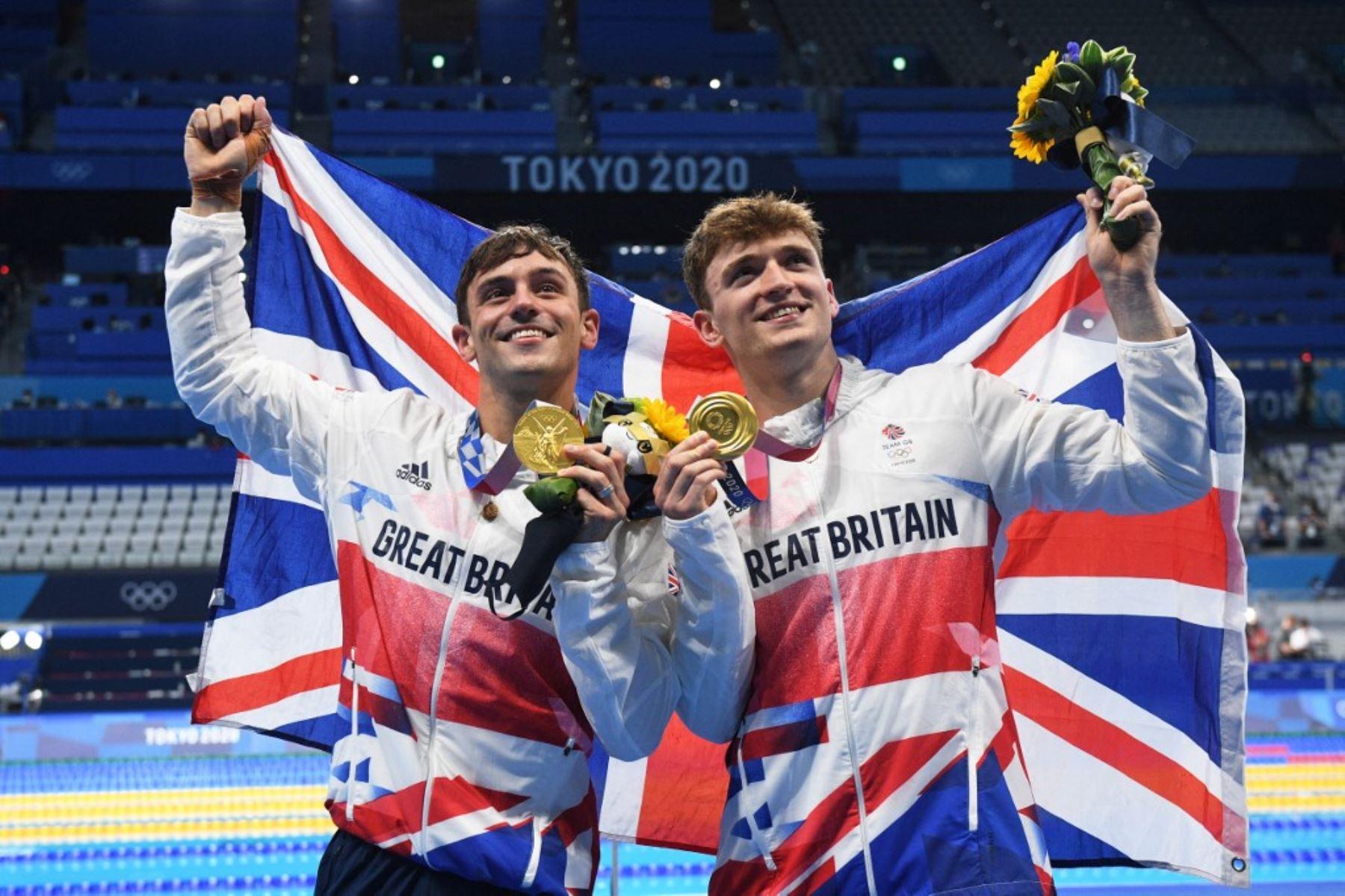 Tom Daley ganó el oro en salto de 10 metros sincronizado,