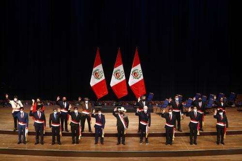 Presidente Pedro Castillo tomó juramento a su Gabinete Ministerial