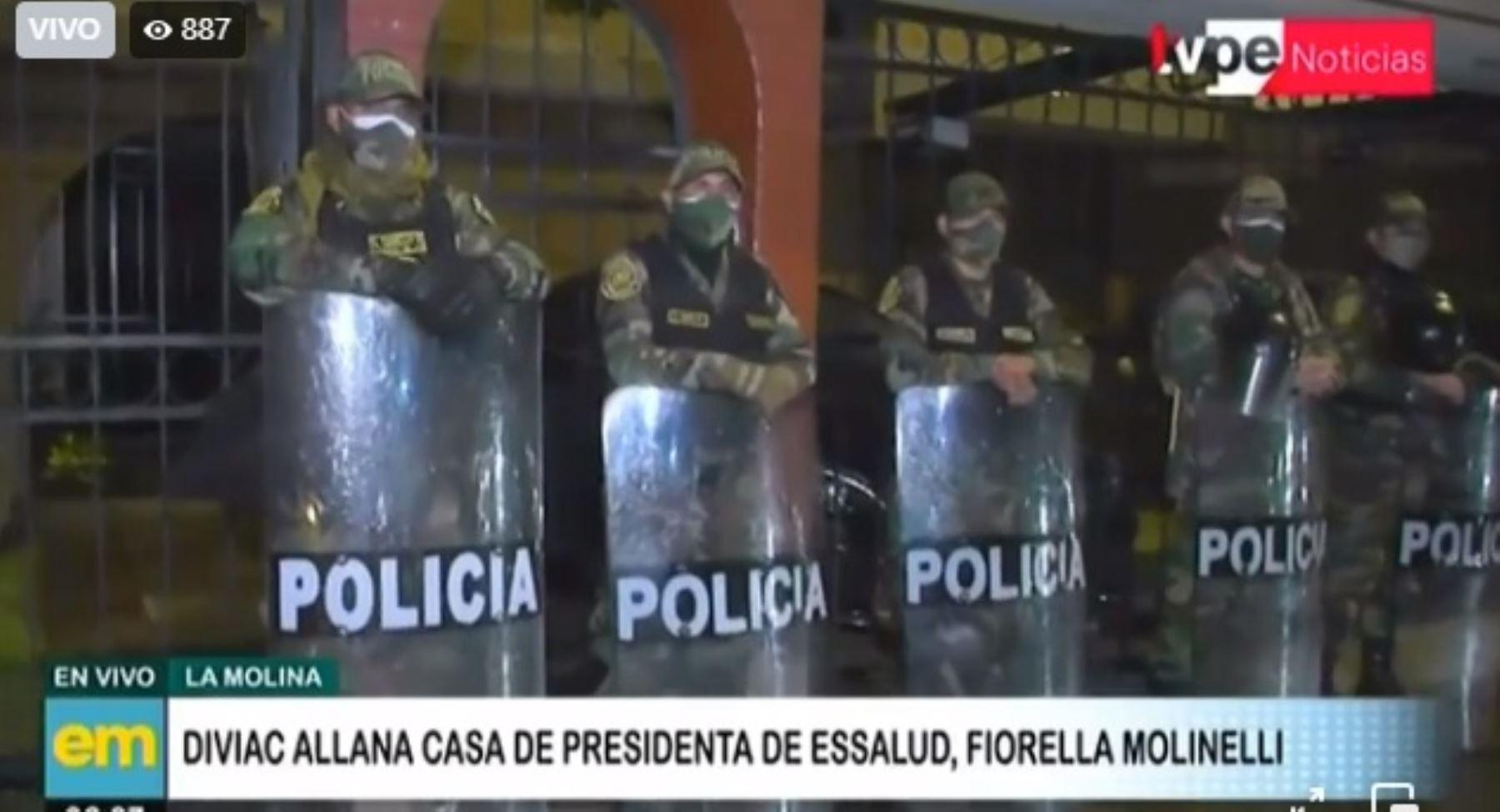 EsSalud: Diviac allana vivienda de Fiorella Molinelli y oficinas de entidad