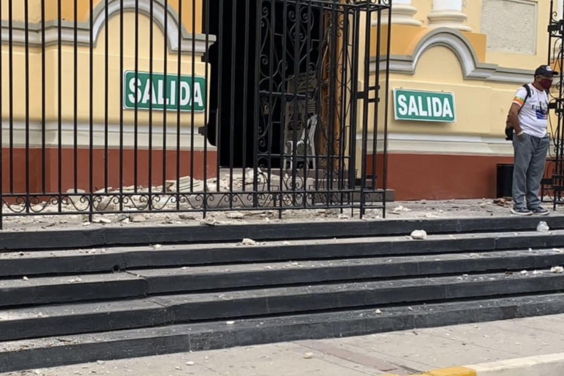 La fachada de la Catedral de Piura se vio afectada por el sismo. ANDINA/Difusión