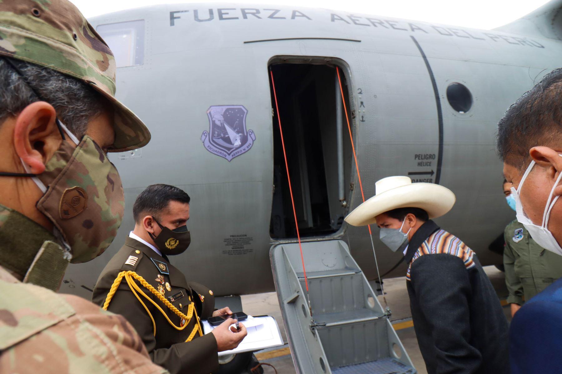 Presidente de la República, Pedro Castillo, viaja a Sullana para verificar daños por el sismo de 6.1 grados. Foto: ANDINA/ Prensa Presidencia