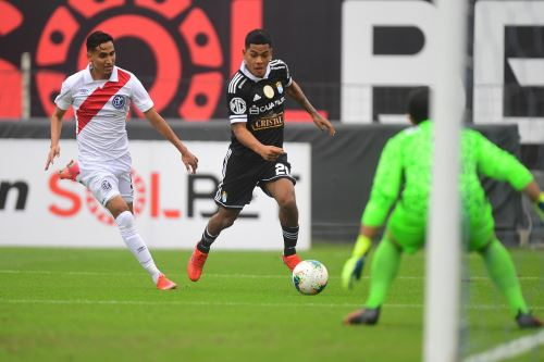 Liga 1: Deportivo Municipal iguala 1-1 ante Sporting Cristal por la tercera jornada