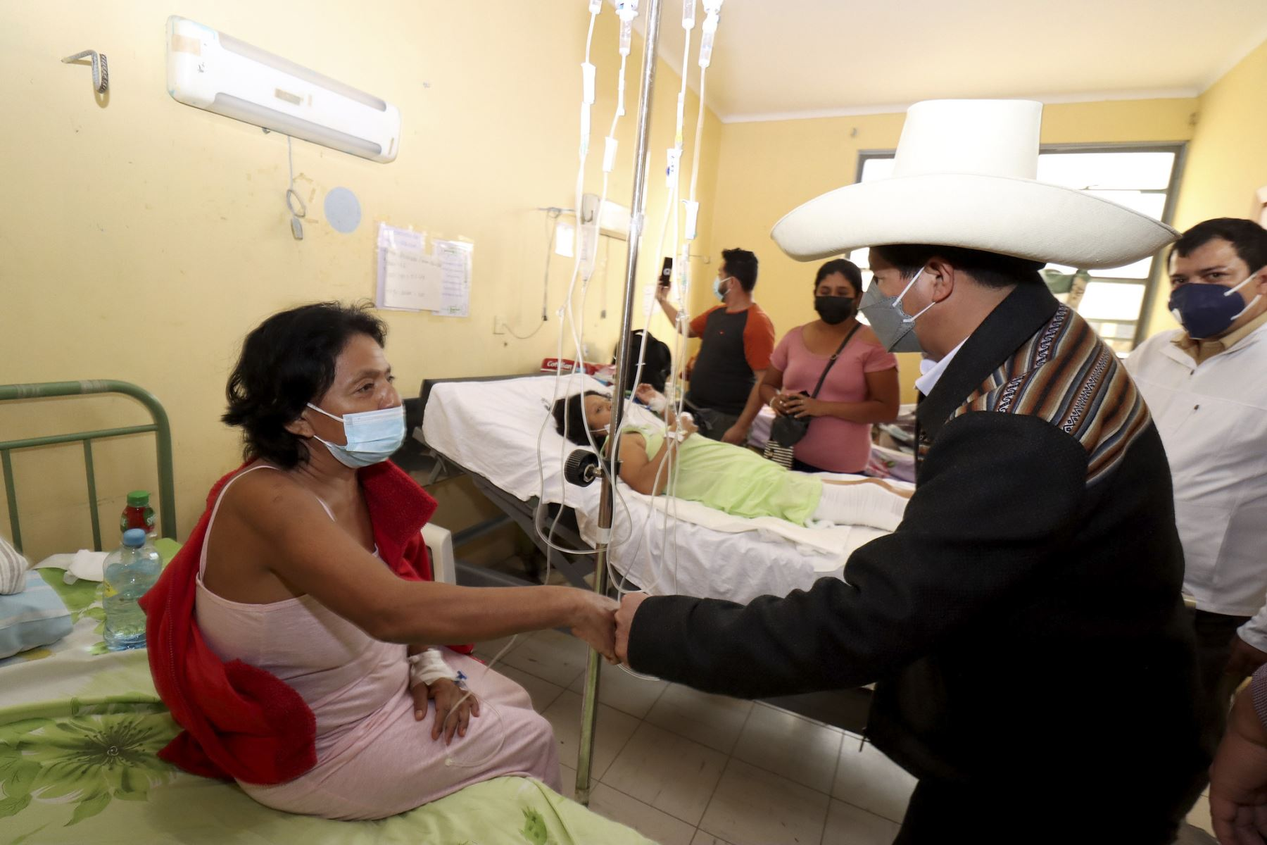 Presidente Pedro Castillo llegó a la región Piura para atender la emergencia ocurrida tras un fuerte sismo de 6.1 de magnitud. Foto: Presidencia