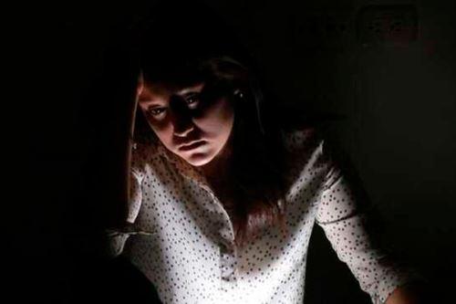 Riesgo suicida y trastornos del sueño se incrementaron, mientras que la calidad de vida disminuyó, según estudio del Instituto Nacional de Salud Mental. Foto: ANDINA/Minsa