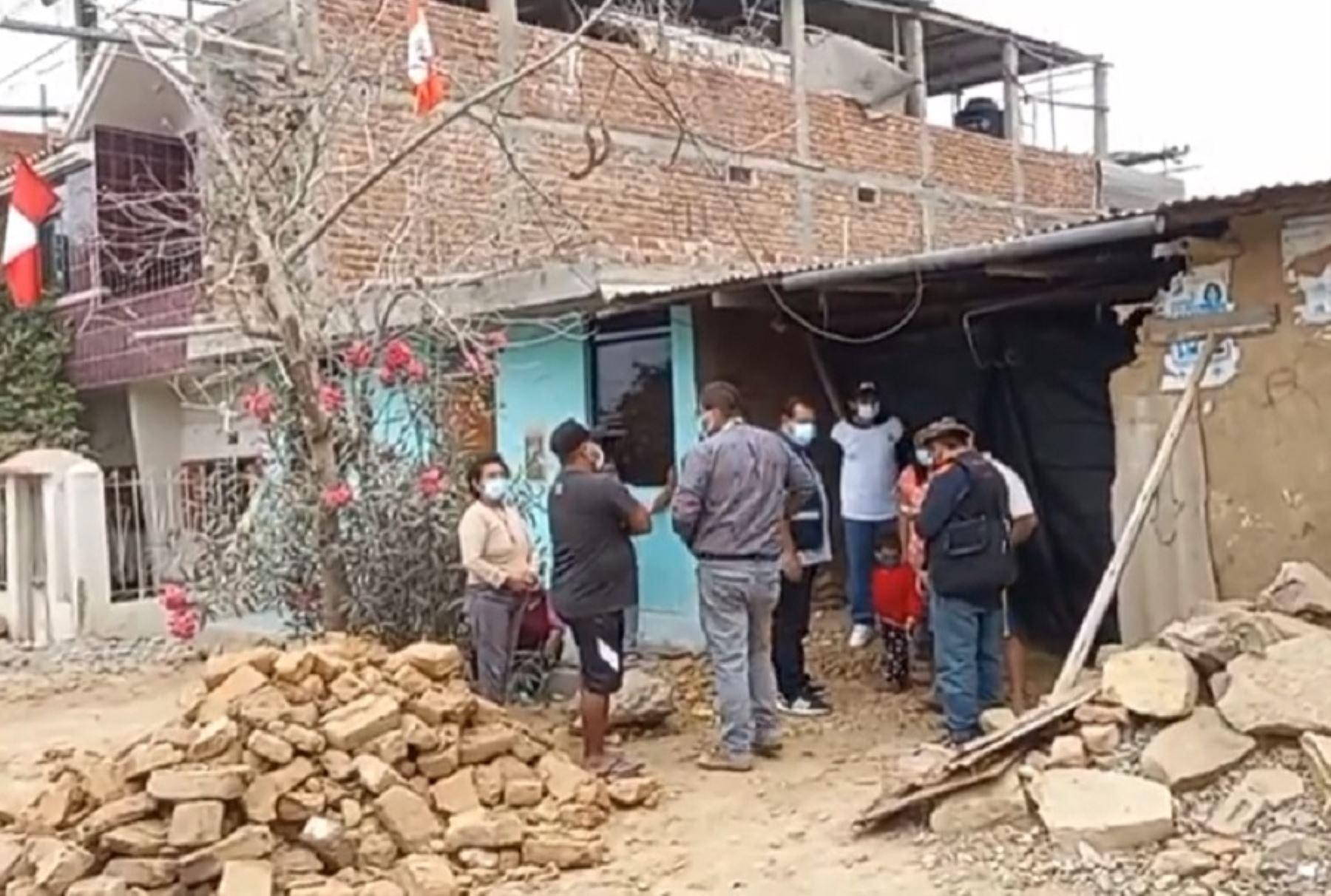 Desde que ocurrió el sismo, el MVCS está ejecutando un plan de acción que permite atender a la población afectada, en un trabajo coordinado con los municipios distritales, el Instituto Nacional de Defensa Civil (Indeci) y el Ejército del Perú.Foto: ANDINA/Difusión.