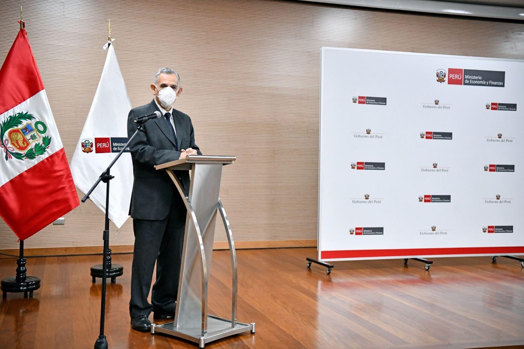 Ministro de Economía y Finanzas, Pedro Francke. Foto: Cortesía.