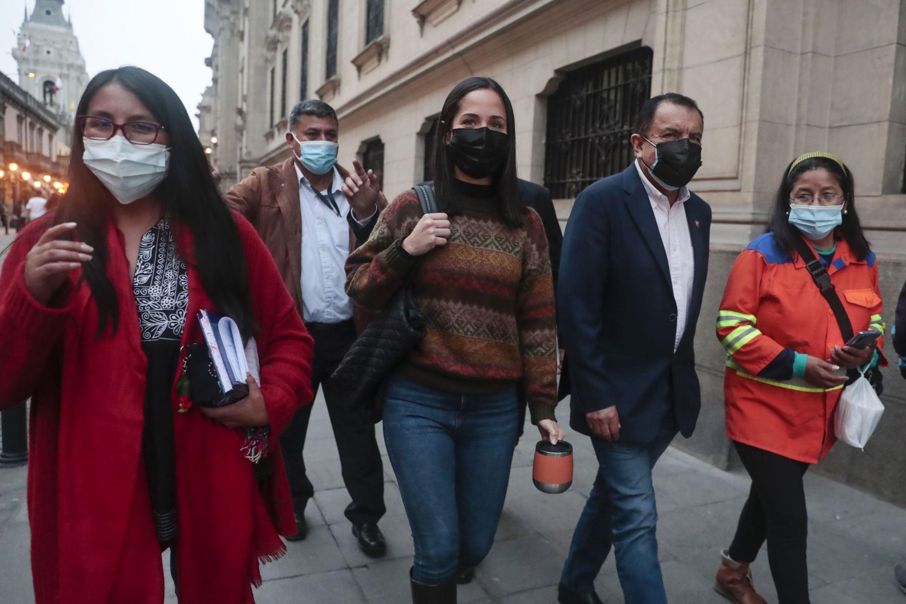 Integrantes de la bancada parlamentaria de Juntos por el Perú. Foto: ANDINA/Renato Pajuelo.