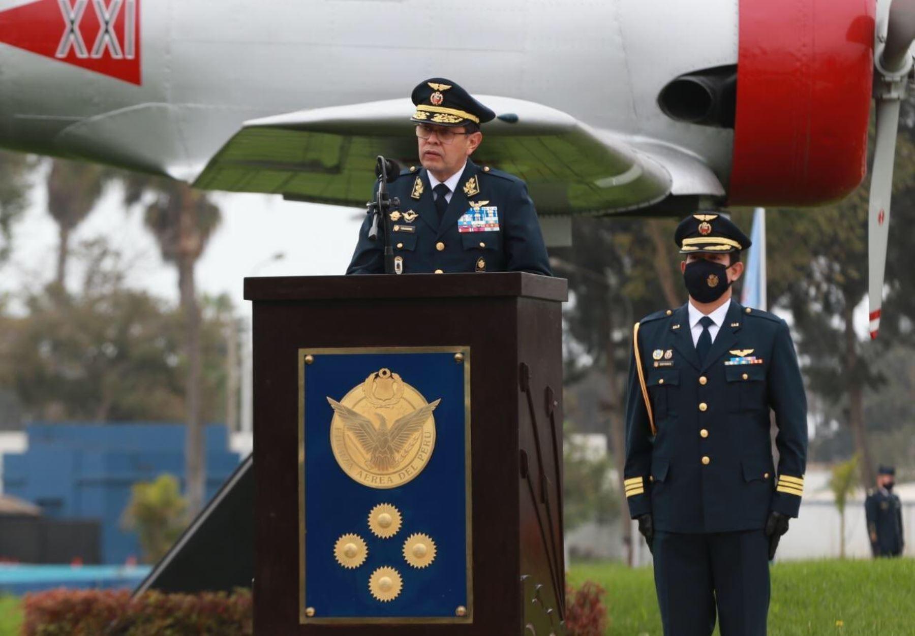 FAP reconoce a general Jorge Chaparro Pinto como nuevo comandante general de esa institución castrense.
