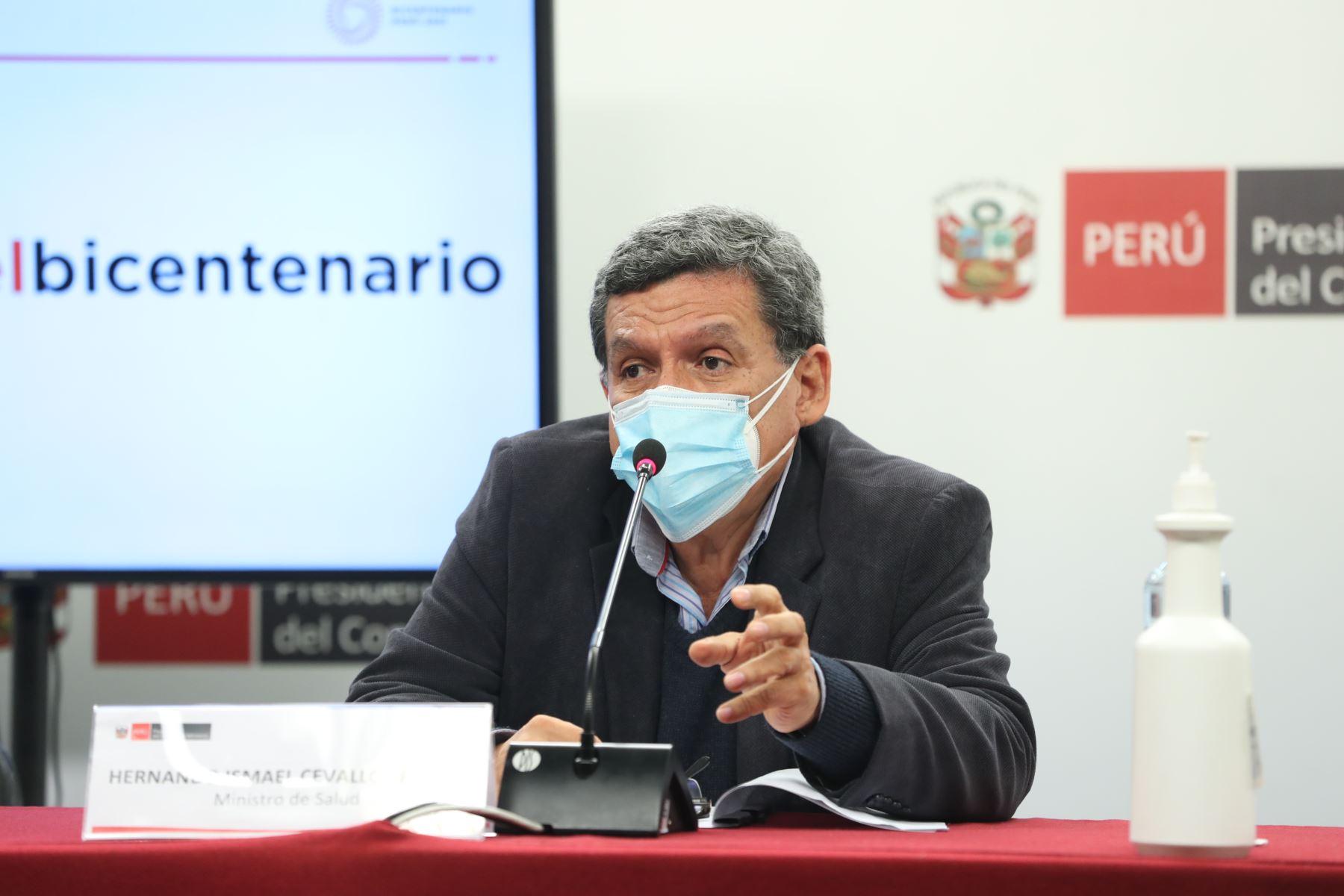 Hernando Cevallos, ministro de salud brinda conferencia de prensa en PCM. Foto: ANDINA/PCM