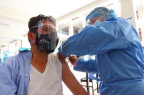 La segunda vacunatón en la provincia del Cusco, se cumplirá el 7 y 8 de agosto, en los mismos 8 puntos fijos en el horario de 08:00 a 20:00 horas.