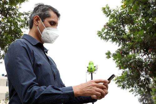 A través del monitor llamado qHAWAX, que en quechua significa Guardián del Aire, se podrá monitorear 5 gases contaminantes.