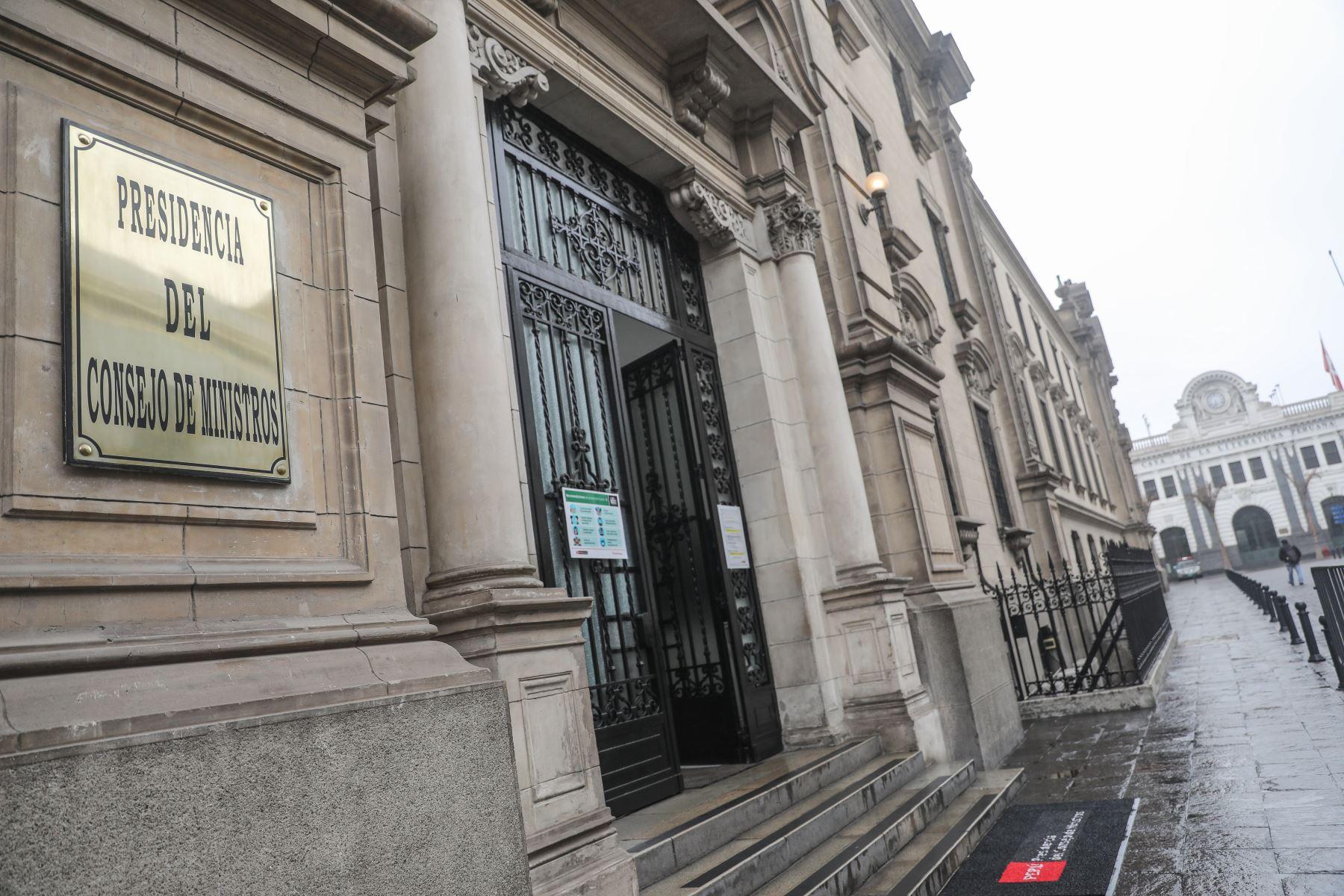 PCM: el viernes se firmó resolución que designa a Julio Velarde y directorio del BCR