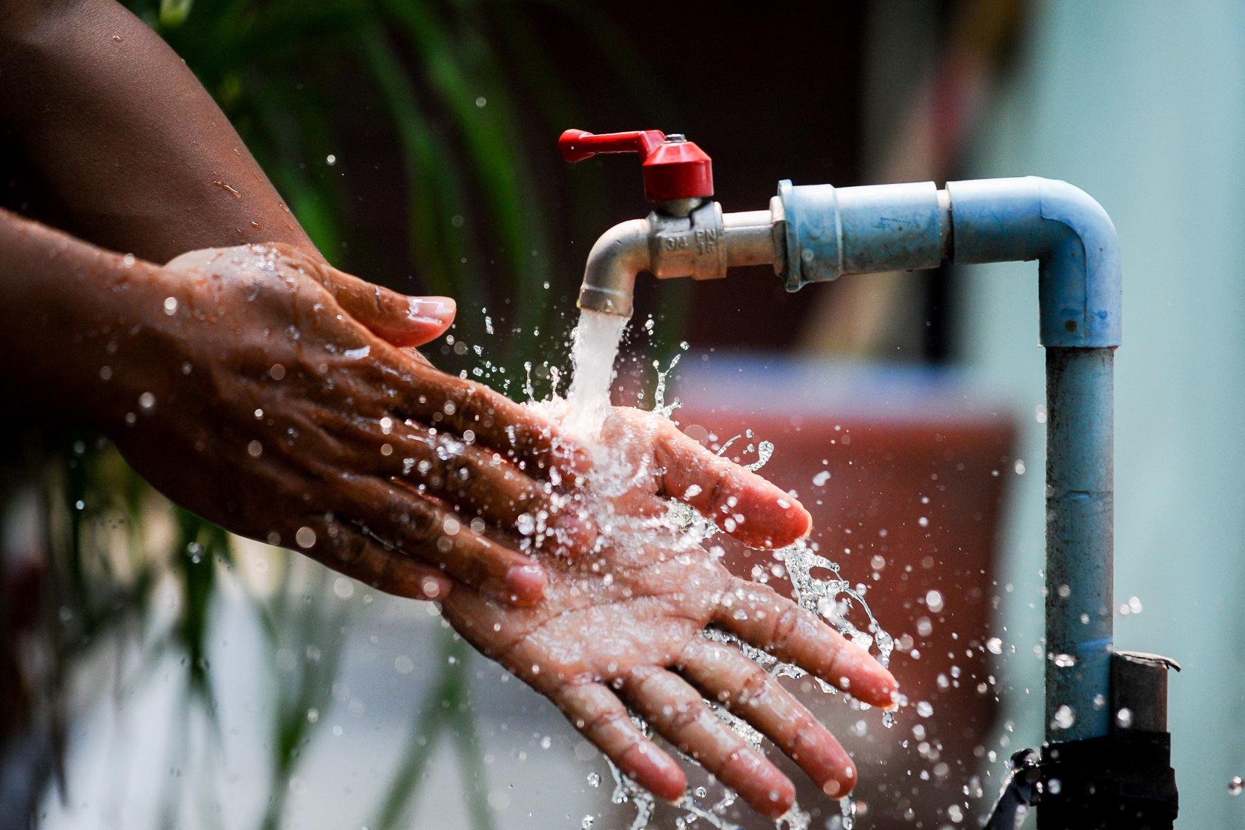 Sunass implementará acciones para mejorar servicios de agua y saneamiento en el país