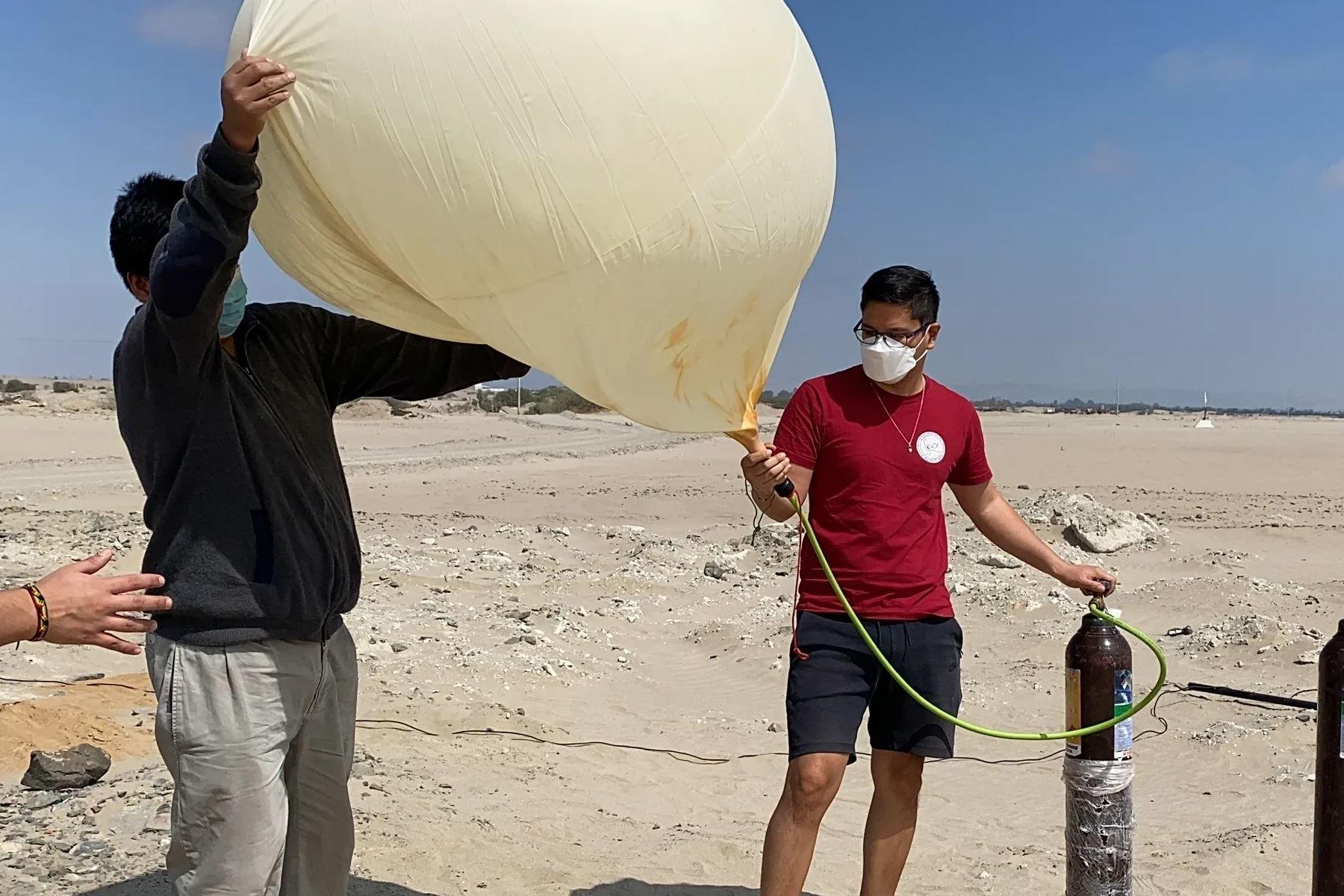 La carga útil del globo sonda permite llevar diversos organismos al mismo tiempo. Foto: Proyecto Estratósfera