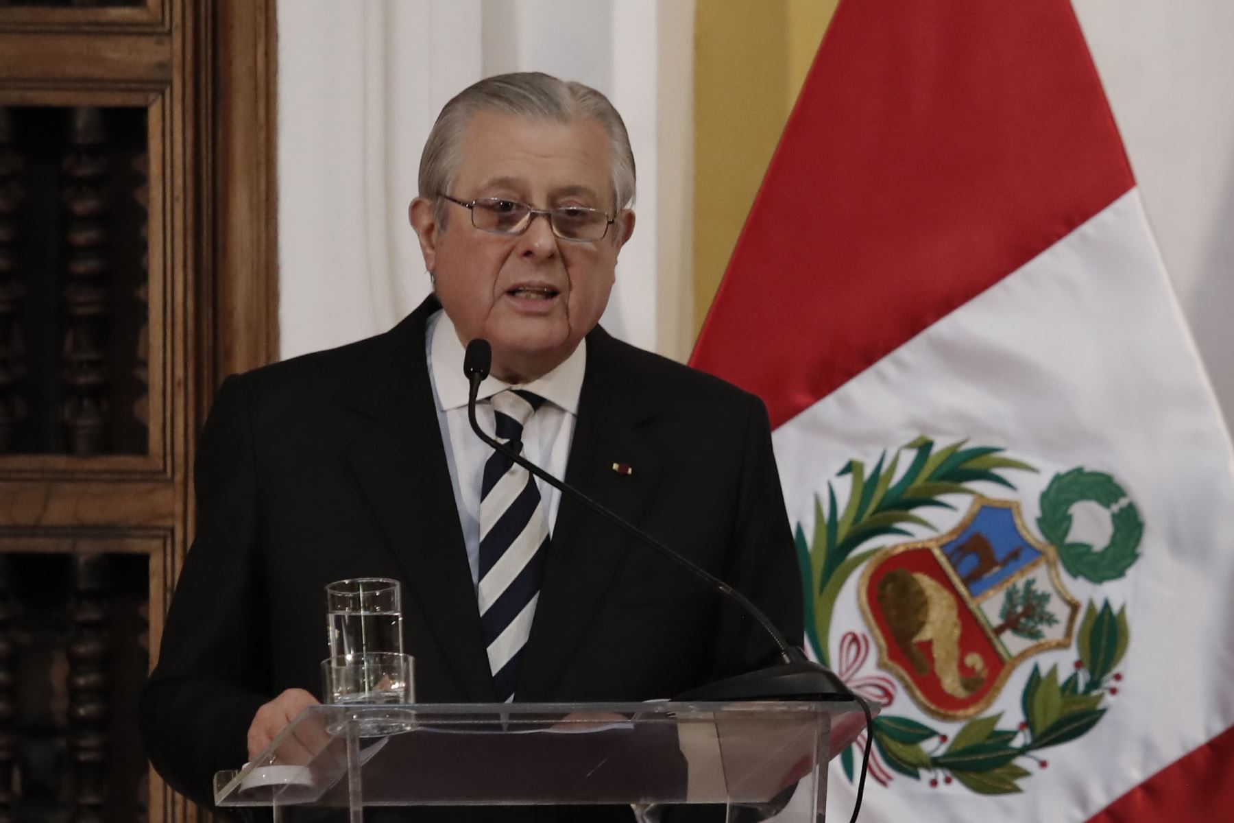 Perú ratifica compromiso de fortalecer asociación estratégica con China