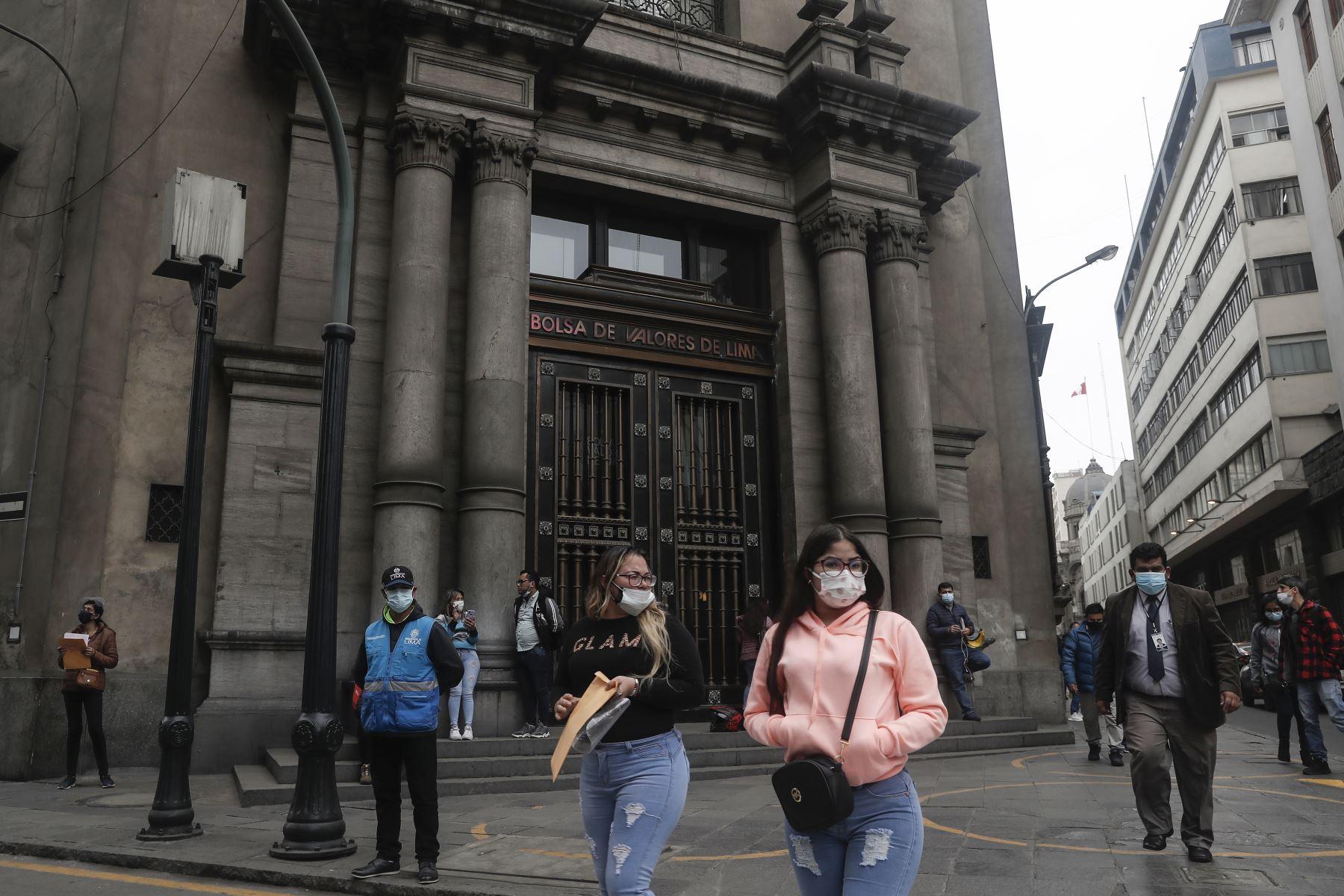 Bolsa de Valores de Lima abre al alza por tercera sesión consecutiva