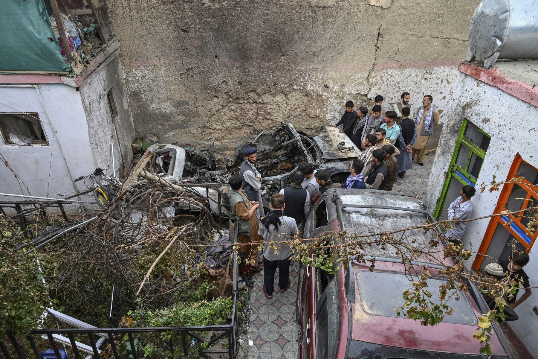 Estado Islámico se responsabiliza de atentado contra mezquita chií en Afganistán