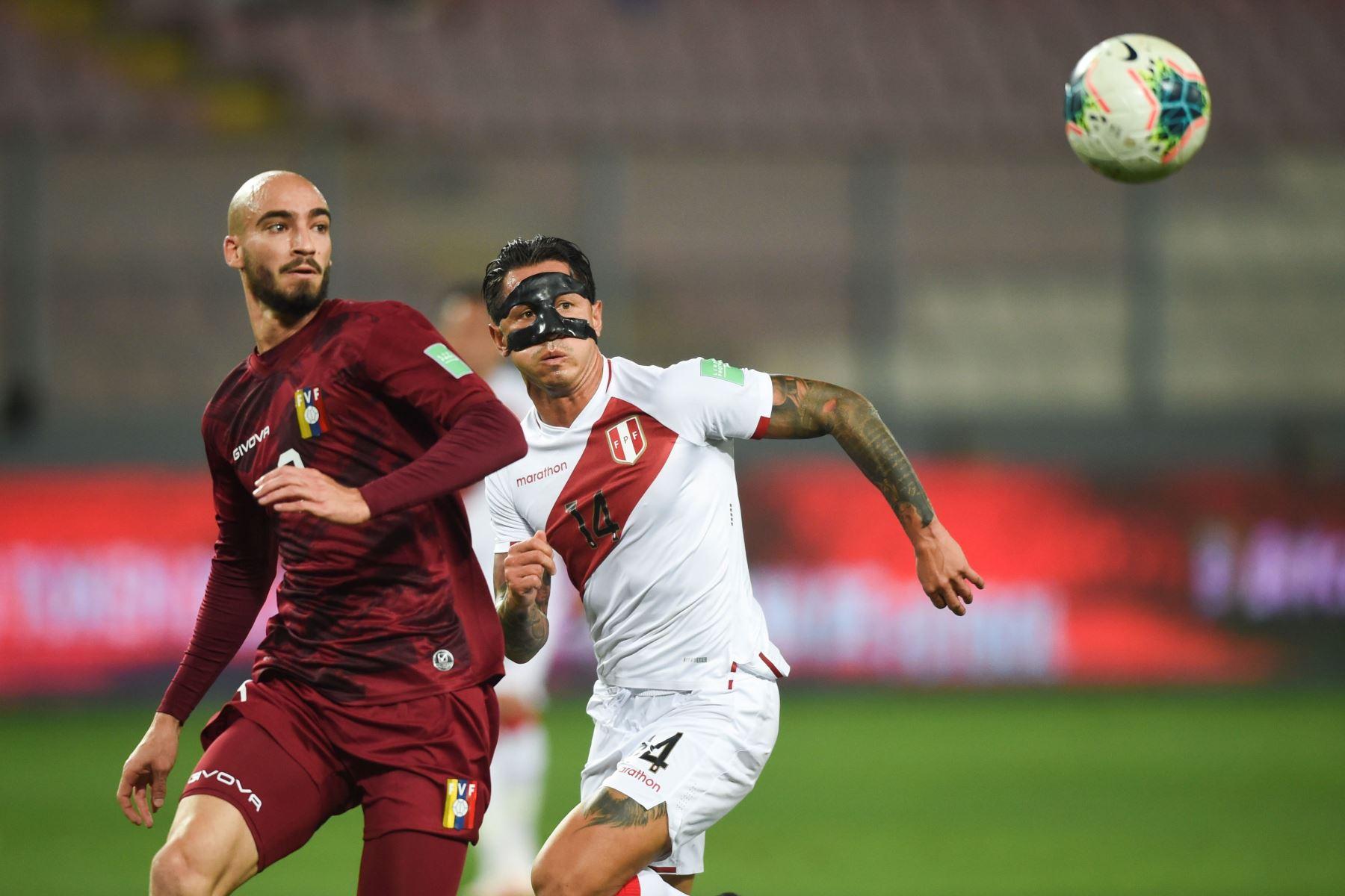 Jugador Gianluca Lapadula. Foto: AFP