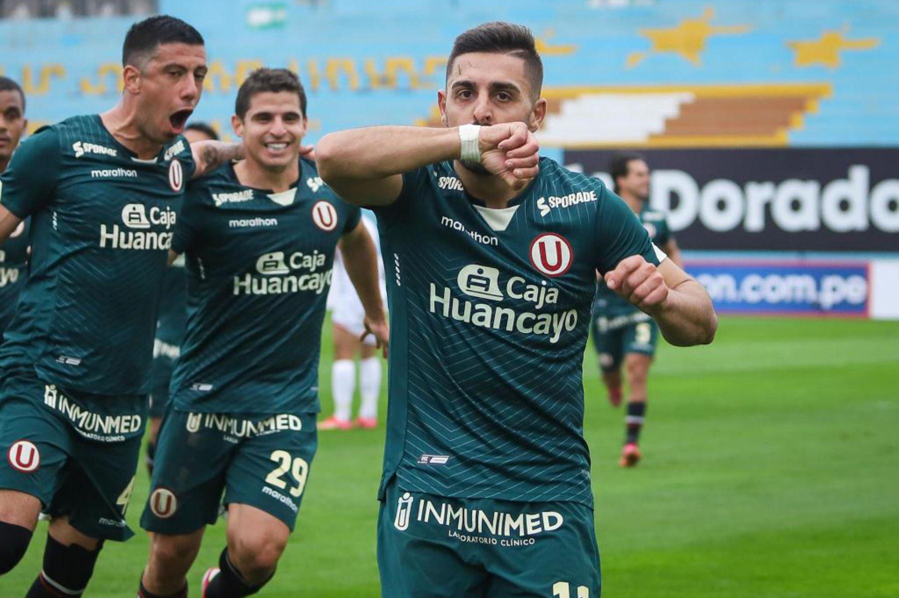Luis Urruti celebra el 1-0 a favor de Universitario. Foto: Liga 1