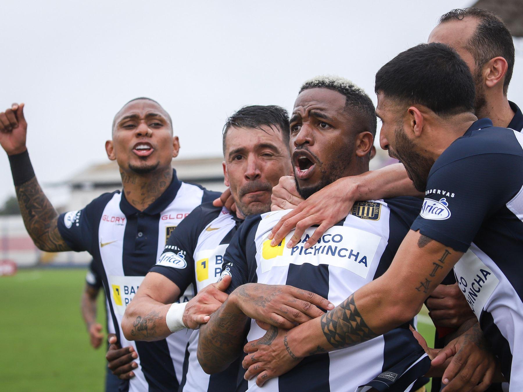 Jefferson Farfán fue la gran figura de la jornada 10 de la Fase 2 al darle el triunfo a Alianza Lima en el último partido frente al Binacional