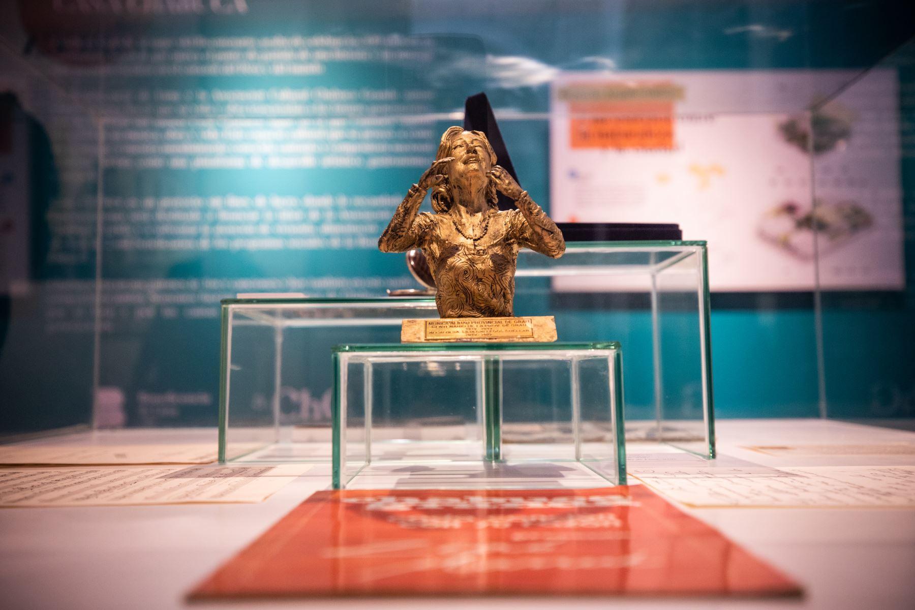 En conmemoración por los 100 años del nacimiento de Chabuca Granda, el alcalde Jorge Muñoz participa de la presentación del museo Casa Chabuca en el Centro Cultural de la Beneficencia de Lima. Chabuca Granda es una fuente inagotable de inspiración. Lima está impregnada de su talento y ese gran amor al Perú. Por ello, el museo Casa Chabuca será un importante espacio cultural en homenaje a ella y servirá como una plataforma de desarrollo artístico. Foto: MML
