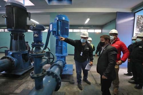 Jefe del Gabinete participa en inicio de restablecimiento de agua para San Juan de Lurigancho