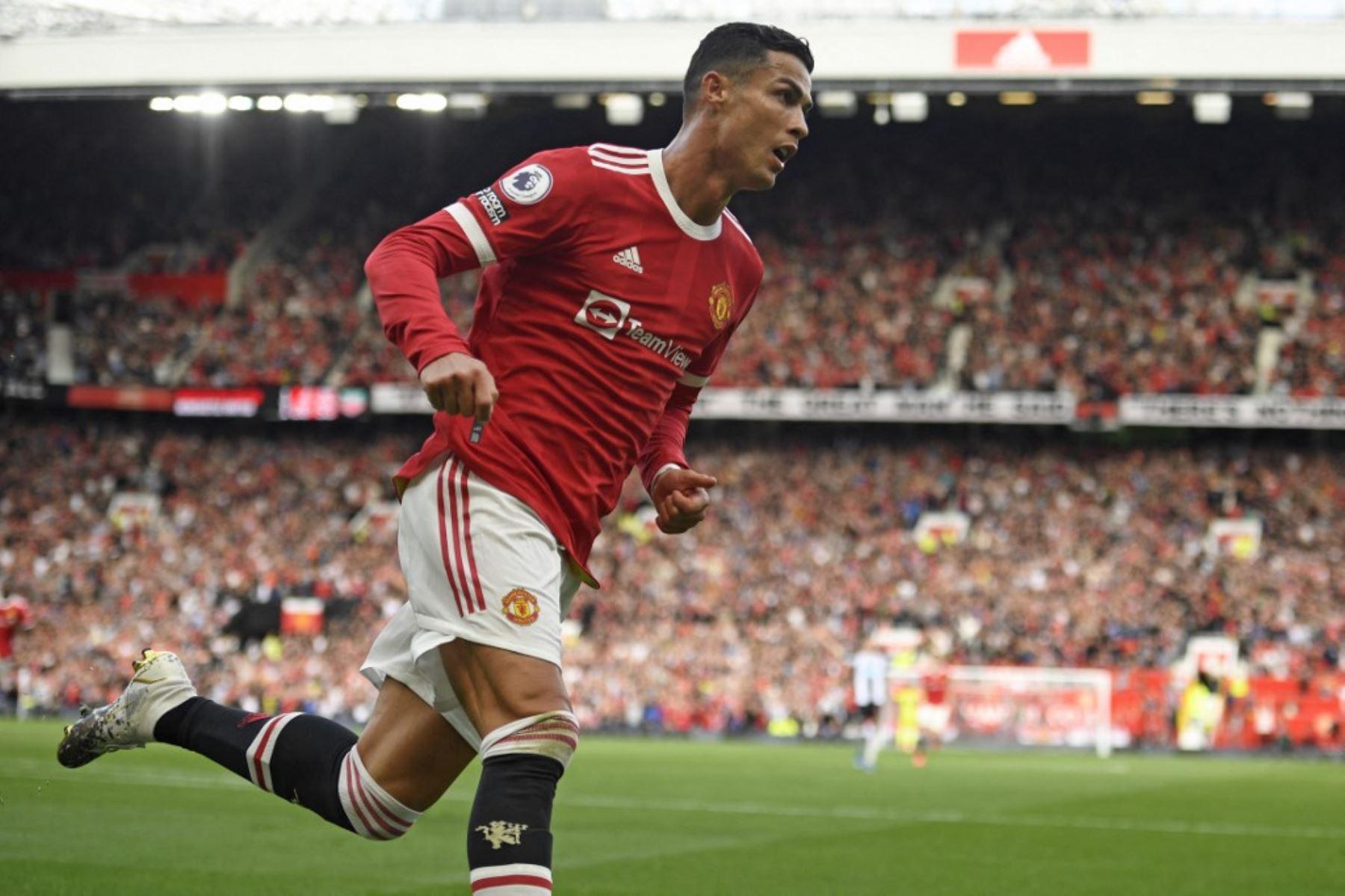 Cristiano Ronaldo comienza a hacerse presente en el Manchester United