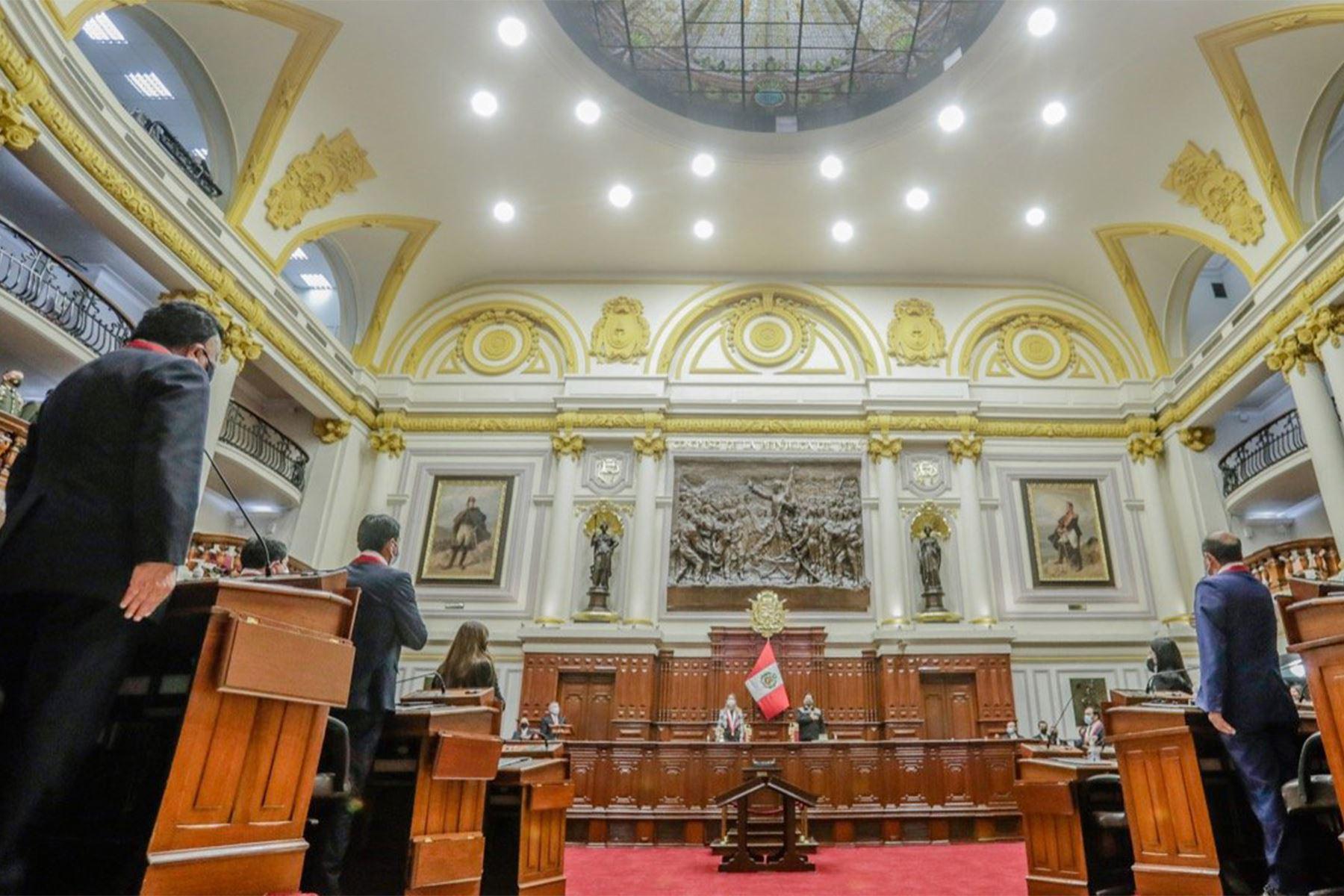 El presidente de la República, Pedro Castillo, participa en la sesión solemne por el 199.° aniversario del Congreso de la República. Foto: ANDINA/presidenciaperu