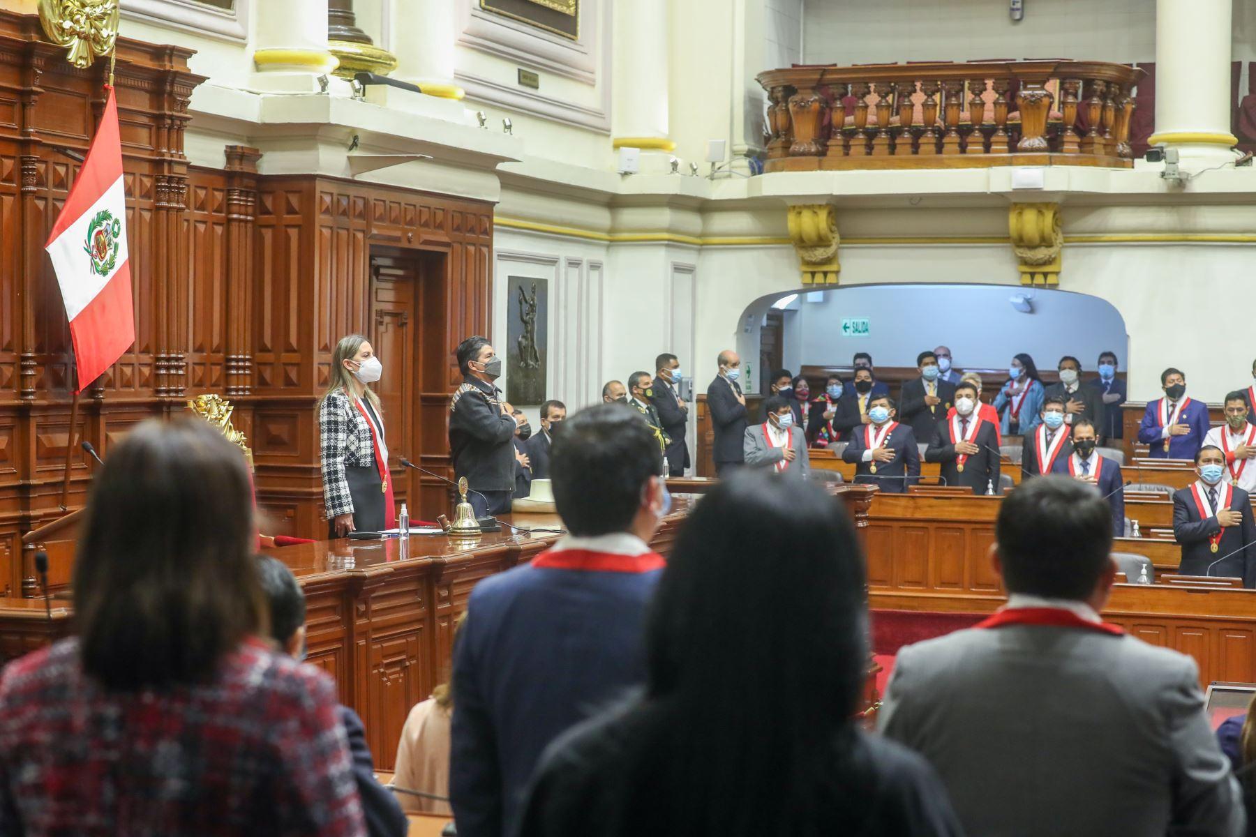 Sesión Solemne del Pleno con motivo de la Conmemoración del 199.° aniversario de creación del Congreso de la República. Foto: Congreso
