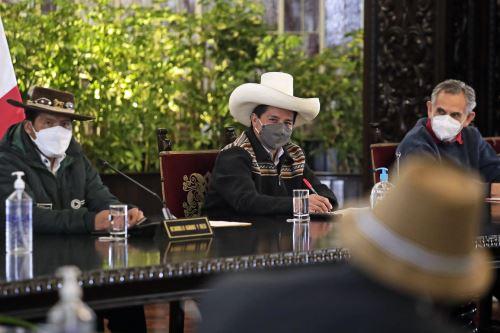 El presidente Pedro Castillo sostuvo reunión con delegaciones del sector agrario
