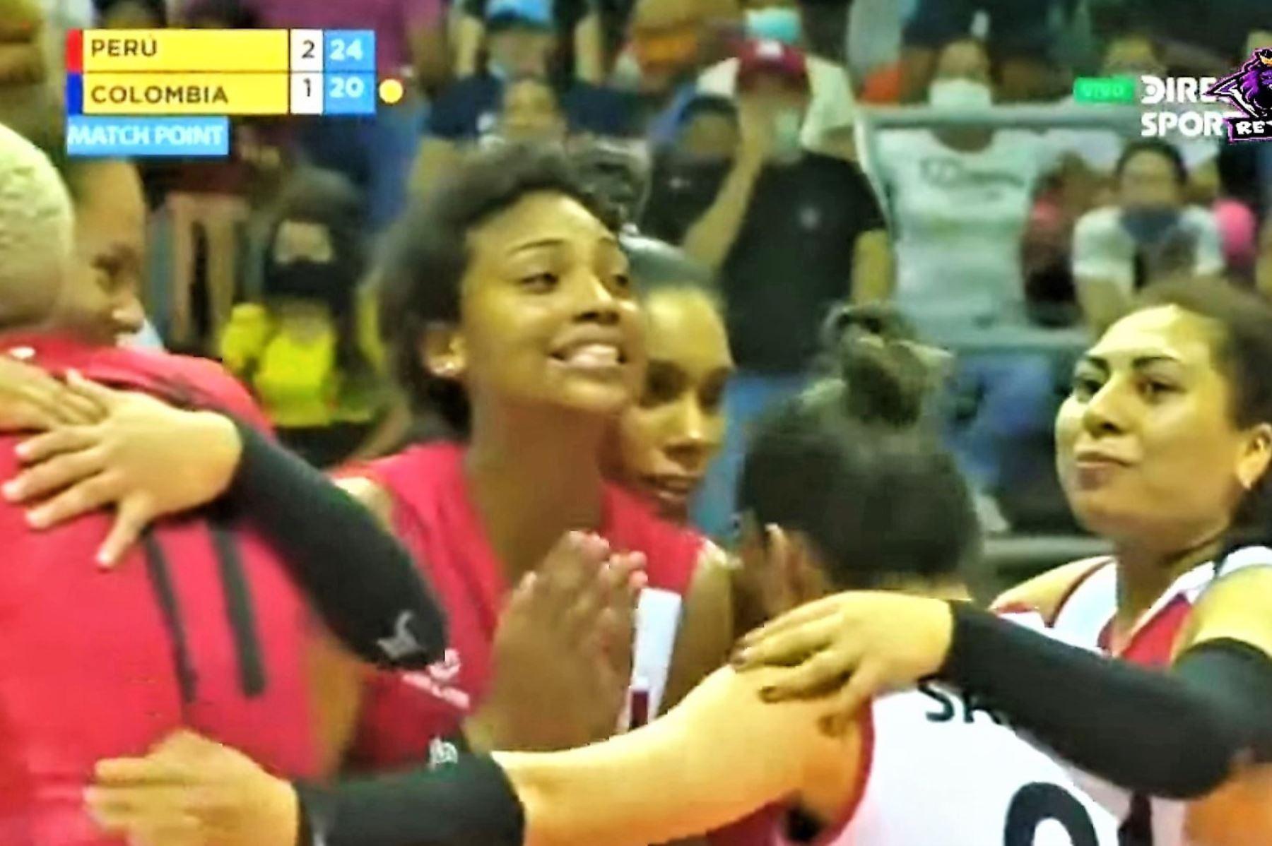 Perú logró su primera victoria en el campeonato. Foto: Captura TV