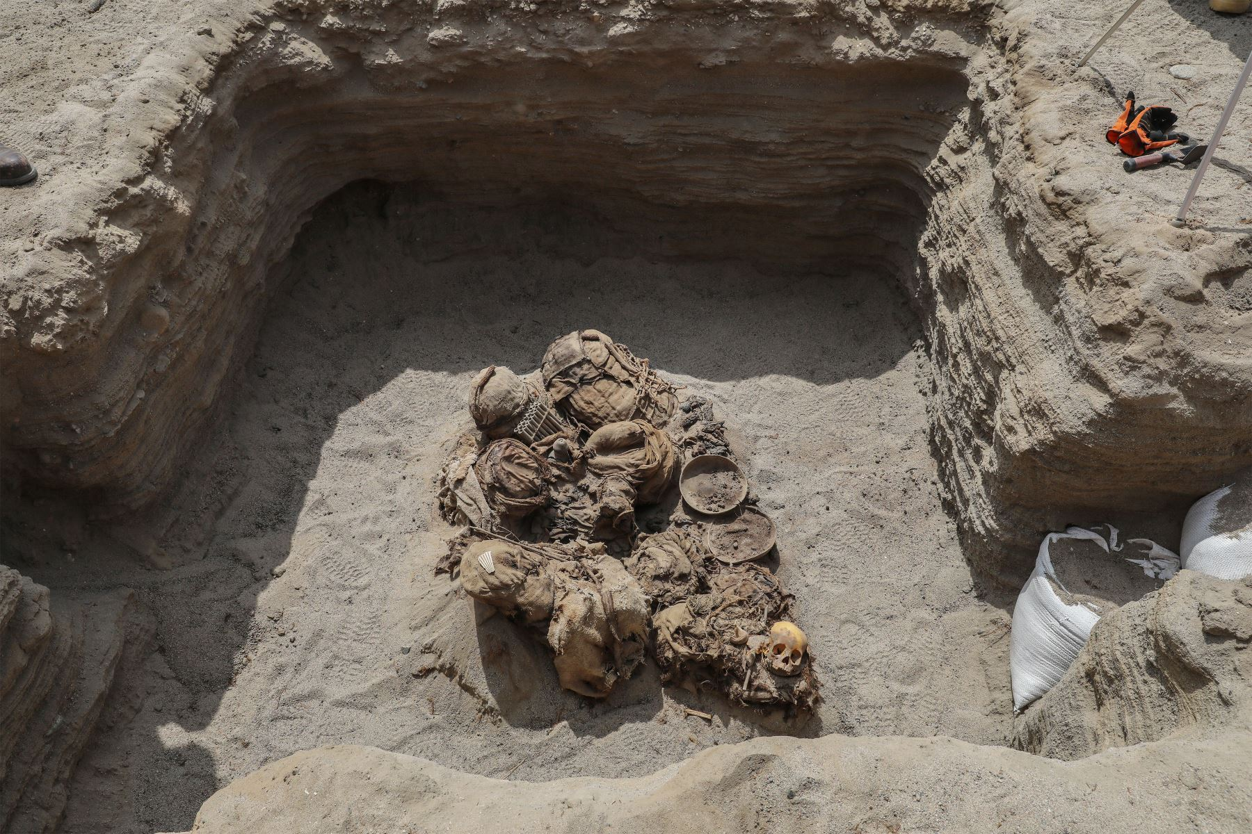Encuentran restos arqueológicos de 700 años de antigüedad en el  distrito de Chilca. Foto: ANDINA/ Andrés Valle